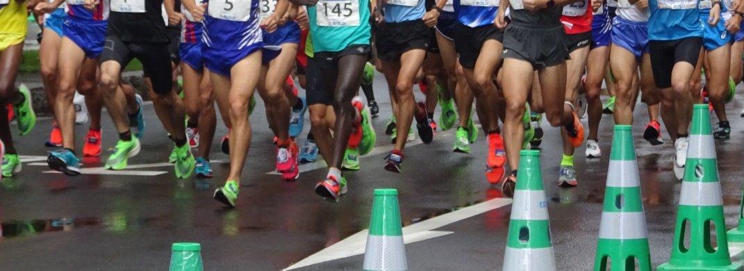 test ツイッターメディア - #北海道マラソン の後にも予見したけどやっぱり #MGC はピンク一色に染まった。北海道マラソン(ピンク発売前)は上位10人中8人が緑の #ヴェイパー MGCも上位10人中8人がピンクヴェイパーだった。選手がもちろん凄いけどナイキの戦略にも驚かされる  次は蛍光イエローが出るかも…笑  #MGC名場面 https://t.co/tlRGsmxAIL https://t.co/C9mAaOCPUN