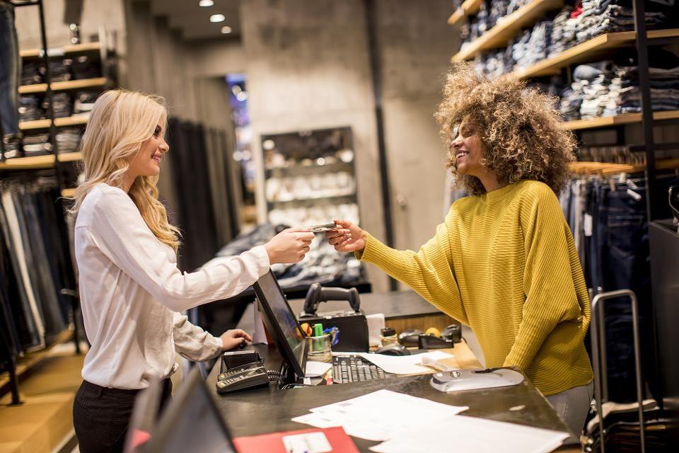 test Twitter Media - The Amazing Ways Retail Giant #Zalando   Is Using #ArtificialIntelligence   https://t.co/4rIHK1HNtv #fintech #AI #MachineLearning #DeepLearning #BigData @bernardmoon @pierrepinna @jblefevre60 @YuHelenYu @Paula_Piccard @diioannid https://t.co/yZo54tWDJB