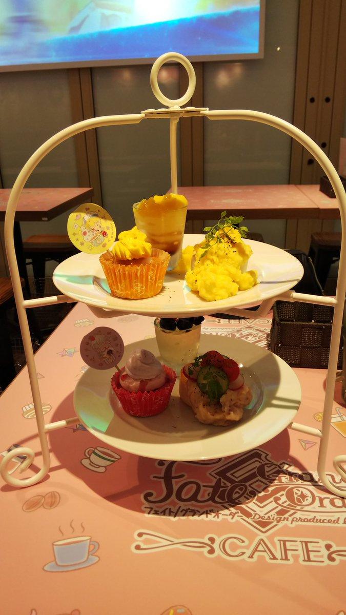 test ツイッターメディア - サンリオカフェ行って来た! お昼だったからキャスギル&マーリンのプレートとコースターがぐだ子とロマニだったからマシュのドリンク マーリンのゼリーに花が乗ってたのとキャスギルのゼリーのマンゴーがあふれてたの細かくて好き https://t.co/2c8ebqbd3r