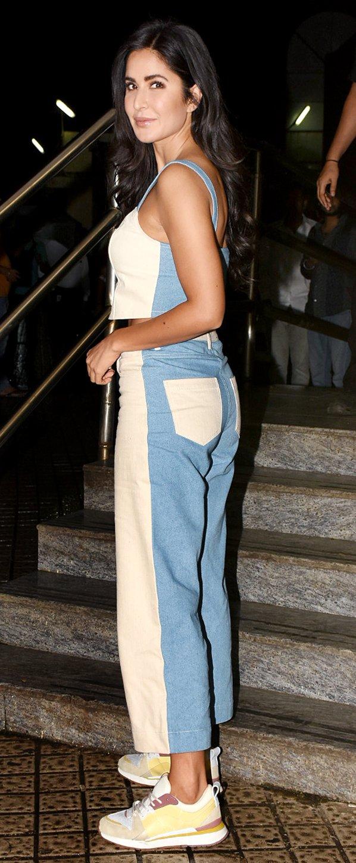 Katrina Kaif is rocking this half-denim casual look.  #KatrinaKaif #CelebStyle #CasualLook #Denim https://t.co/ICgf4i2eFG