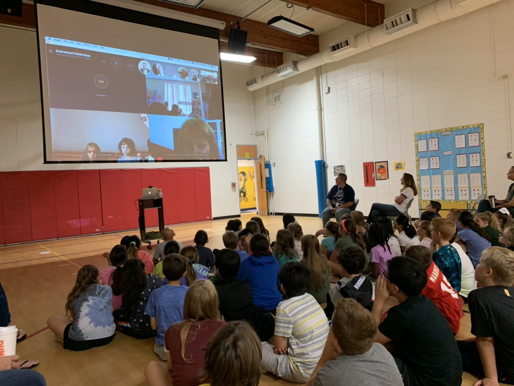 test Twitter Media - World Wide Wescott in action , Students from allover the world, including our 5th graders, speaking with https://t.co/rzUbOBp0gy #d30learns https://t.co/46690GRSUs