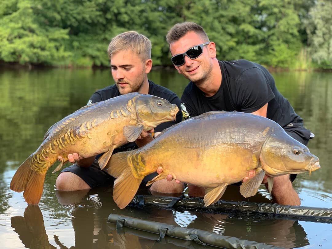 Double take!! Well done lads 💪🏻🎣  @TheCARPbible   #Carp #CarpFishing #Fishing #Carpy https: