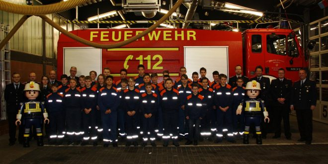 test Twitter Media - Offizieller Start ins Jugendfeuerwehrjahr 2018 https://t.co/NSnWJ7l1ul https://t.co/FucR9H9dQp