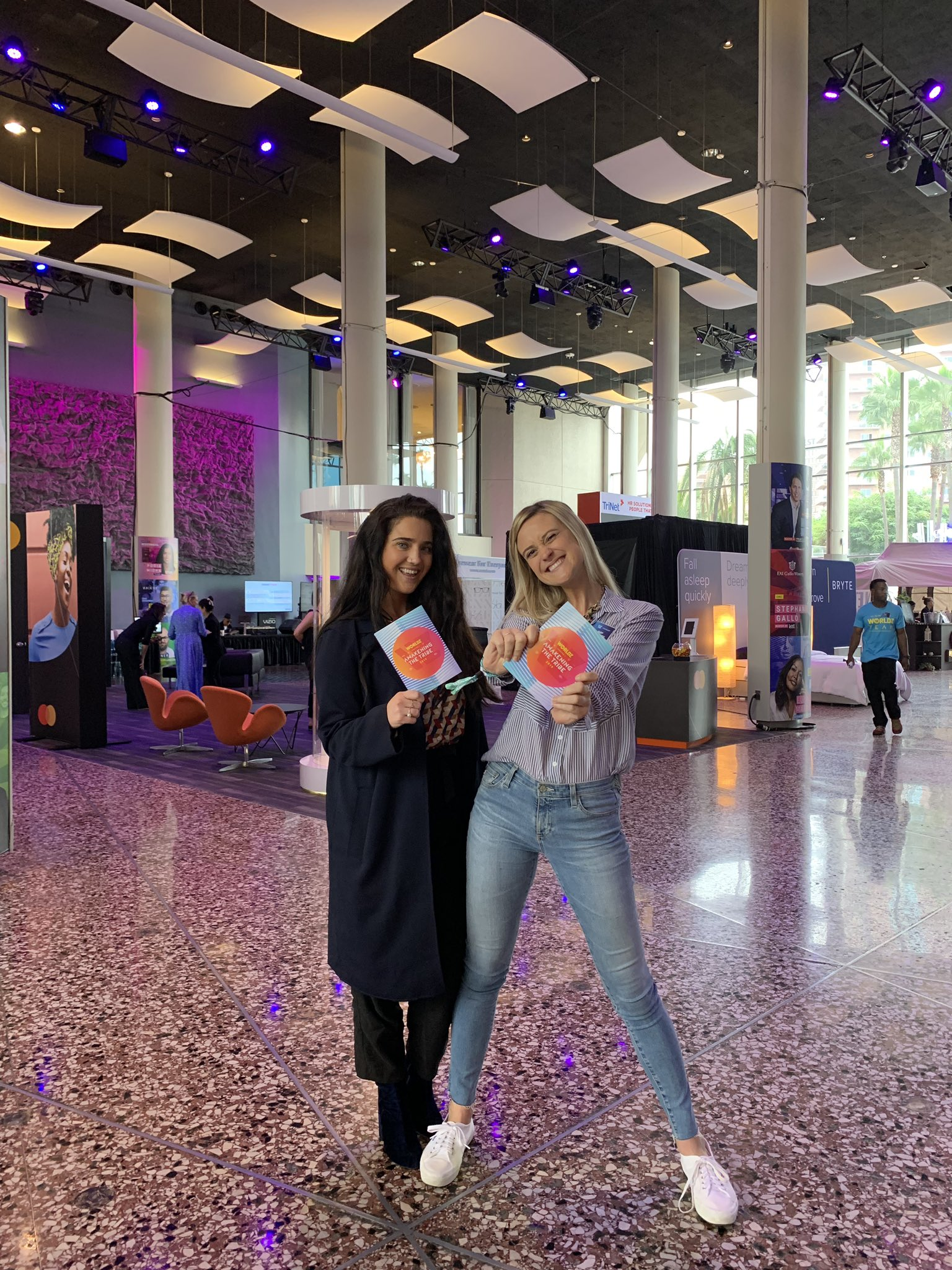 💥 Today we're at @worldztribe, a #summit and community that connects you to the world's most influential #marketing and cultural #leaders to learn, build your network, and elevate your #career! #WORLDZ https://t.co/Vc9kY3dHH7