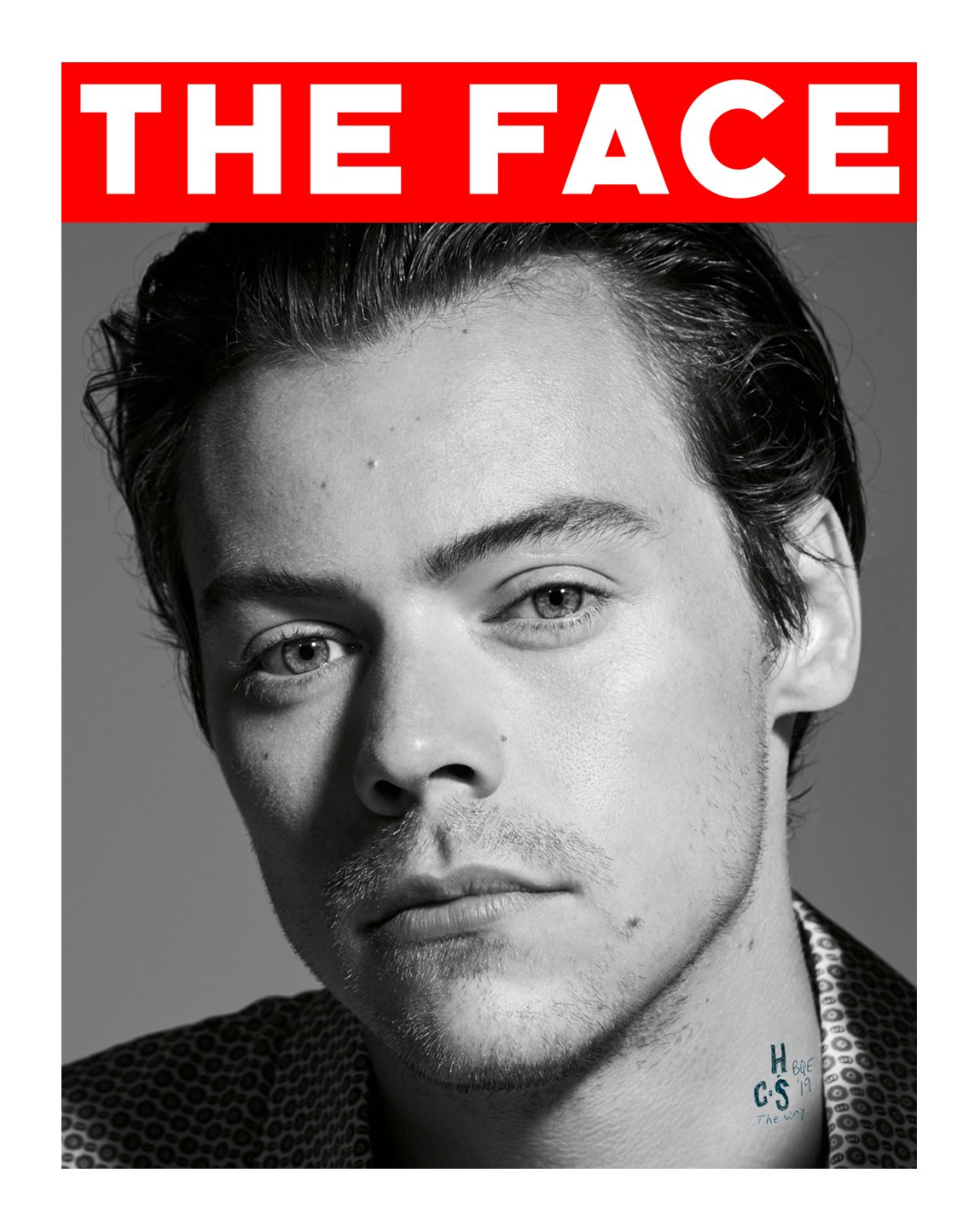 .@Harry_Styles styles—who appears in the #GucciMémoire d'une Odeur campaign, the first #GucciBeauty universal fragrance by #AlessandroMichele—features on @TheFaceMagazine's September cover wearing #Gucci. #GucciEditorials Photography by: #CollierSchorr Styling: #DannyReed https://t.co/0gwl394Epa