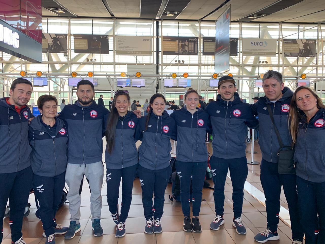 ¡El nuevo desafío de la gimnasia 🇨🇱 en Europa ✈! Team Chile viaja a la World Cup de París 🇫🇷, además de iniciar una gira que incluirá España 🇪🇸 y Alemania 🇩🇪 ¡Vamos con todo 👍💪! #ChileCompite https://t.co/0NTJQw2DgU