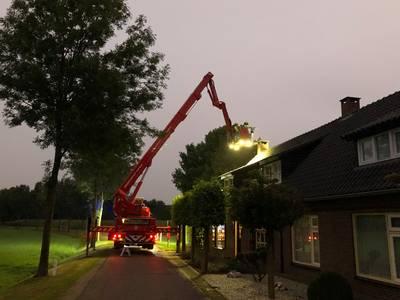 Brandweer rukt uit voor schoorsteenbrand in Eerde..