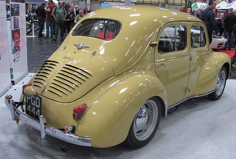 test ツイッターメディア - @brendan_mcaleer @theOlliePickard @evoAntony @HubNutVids A good example from the 4cv itself, is that Hino eventually enlarged the rear window and added an external fuel cap (you had to open the decklid on the Renault to get to the fuel filler). https://t.co/U3mXv7UbYO