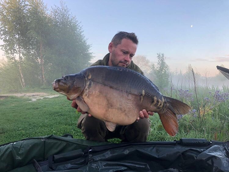 Nice stumpy 22lber from old mill <b>Lakes</b> for Jimmy Booth 💪🏻🎣   @TheCARPbible  #Carp #C