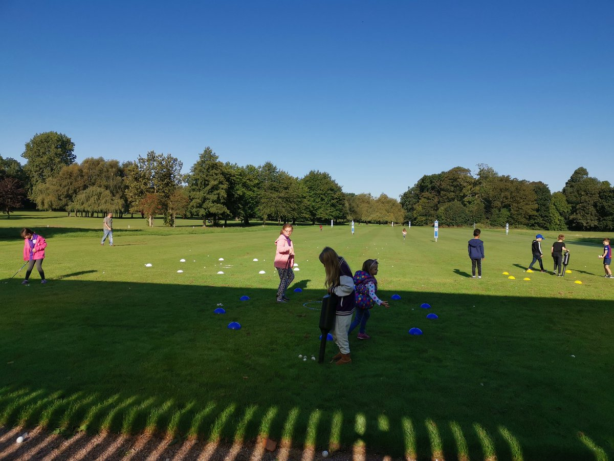 test Twitter Media - The sun always shines on our IPGC Juniors 🙌☀️ Pitching today Making sure they are striking it from the sweet spot and a bit of fun seeing how high they can hit the shot #gettingcreative #juniorgolfpassport @GolfRootsHQ @EnglandGolf @EGWomensGolf @MidlandsGolfer @IPGCourseupdate https://t.co/NkZ81wleTC
