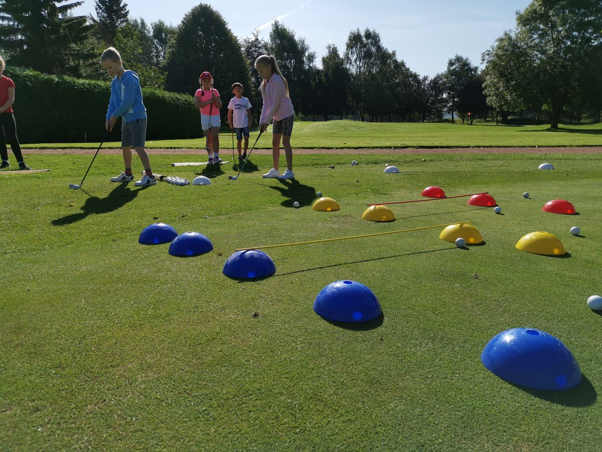 test Twitter Media - Great morning with our IPGC Juniors. Using @GolfRootsHQ Junior Golf Passport,  focusing on hitting chip shots from the sweet spot sith the help of @PingTour fitting equipment #growthegame #girlsgolfrocks #welovegolf @EnglandGolf @WeLoveGolfPGA @GirlsGolfRocks1 @EGWomensGolf https://t.co/03Ba11fsWp