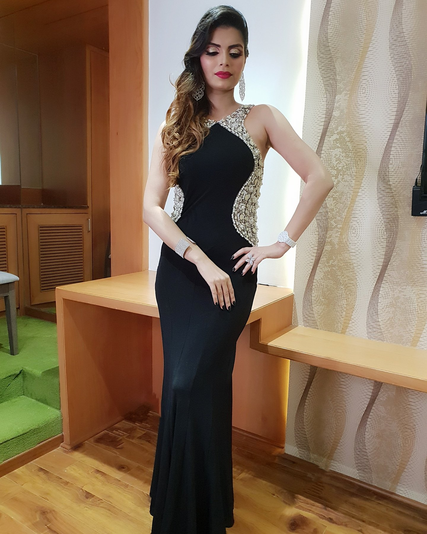Lastnight #gulbargadiaries  Dress @lizaa_malik #event #fun #weekend #hosting #Army #greatevening #blackandwhite #glamorous #karnataka https://t.co/hsoD6MwczS