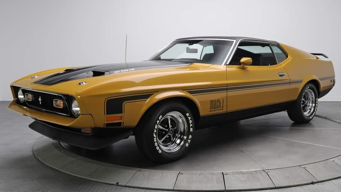 1971 Ford Mustang Boss https://t.co/xPZ2r9TEyj