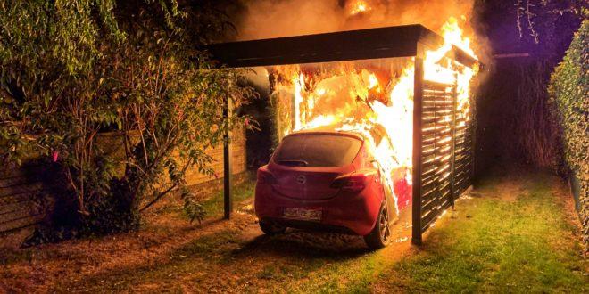 test Twitter Media - Carport und Fahrzeug werden Raub der Flammen https://t.co/wtjCXGv7sV https://t.co/oPG8OJIil1