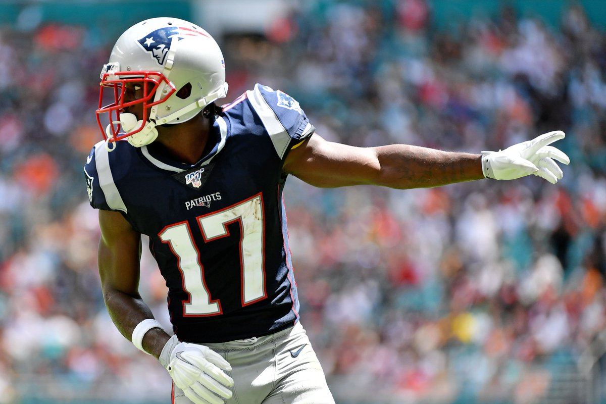 test Twitter Media - Antonio Brown denies allegation he exposed barely covered genitals to second woman #GoPats #NewEnglandPatriots #Patriots #NFL #NFLtwitter #AntonioBrown  https://t.co/4kwTAdqENC https://t.co/Jm407jyHji