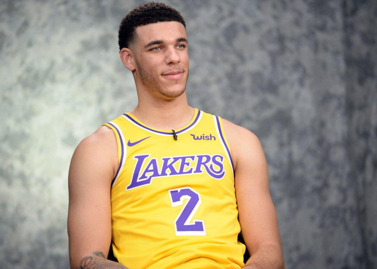 test Twitter Media - LaVar Ball calls Lonzo Ball 'damaged goods' in Big Baller Brand argument #DoItBig #NewOrleansPelicans #Pelicans #BigBallerBrand #LonzoBall #LaVarBall #NBA #NBAtwitter   https://t.co/RLXsgsFFZm https://t.co/n8GGUL393M