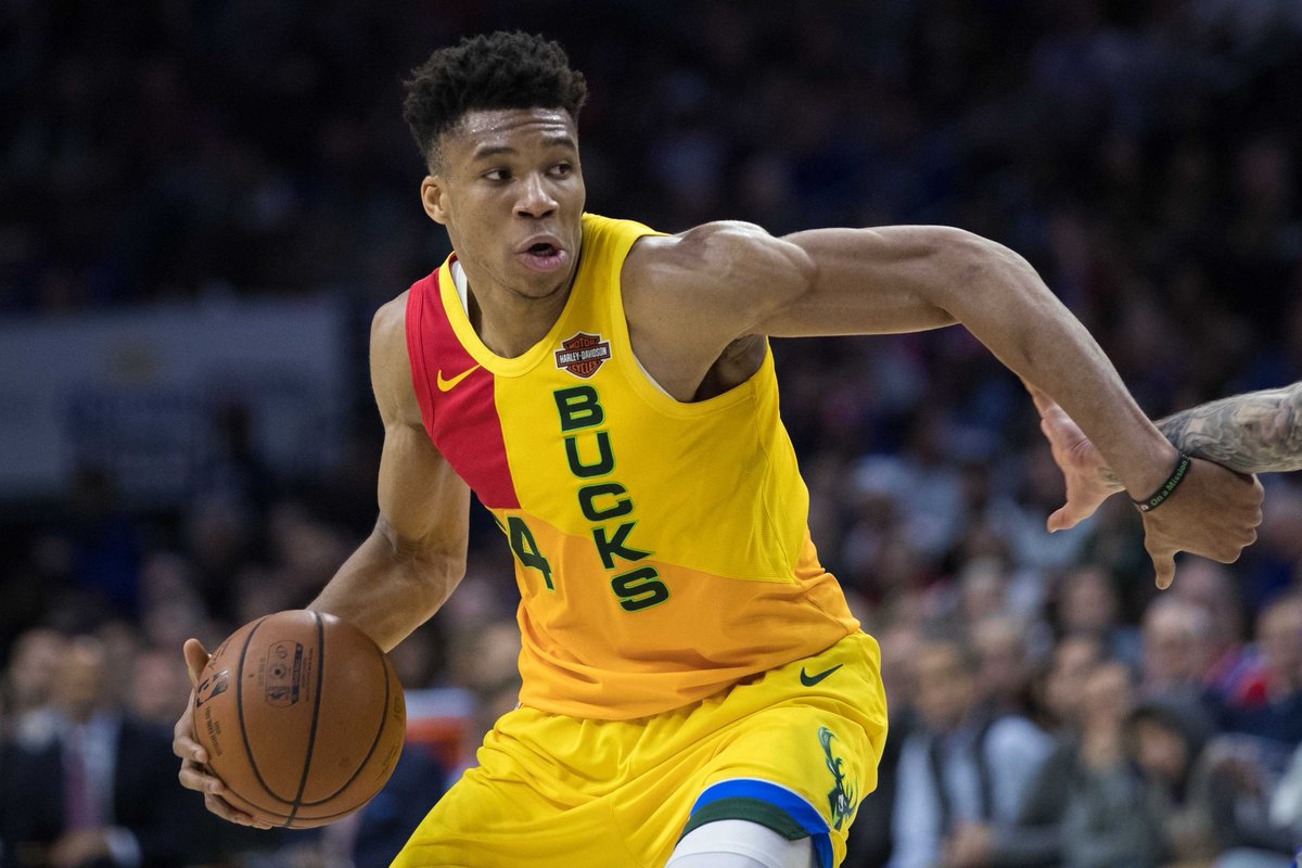 test Twitter Media - Giannis Antetokounmpo Could Join Warriors In Free Agency. My Lord, Could You Imagine?!?!?!? #DubNation #FearTheDear #MilwaukeeBucks #GoldenStateWarriors #Bucks #Warriors #NBA #NBAtwitter #GiannisAntetokounmpo  https://t.co/sb1O2UXHSk https://t.co/qqR2Q69Wl0