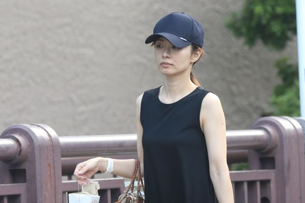 test ツイッターメディア - 1000RT:【女性自身報道】嵐・二宮和也が伊藤綾子さんと同棲開始か https://t.co/J5RANkLRd8  3億円にもなる超高級マンションを二宮が購入。「内見の際は2人で来店し、付き合っていることを隠す様子もなかった」という。 https://t.co/Nx9w1wwkn3