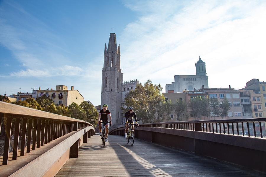 test Twitter Media - Sabies que el vehicle més sostenible fa anys que el tenim aquí? Utilitza la Bicicleta en els teus desplaçaments, i fes salut 🚲 🚲 https://t.co/Cs6X3IrBWH