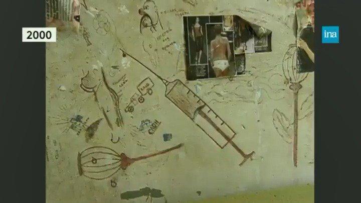 Avant sa destruction prochaine, la prison des #Baumettes à Marseille ouvre ses portes au public. Elle est régulièrement ciblée pour sa vétusté, comme dans ce reportage de 2000. https://t.co/ZLLadTzYb2
