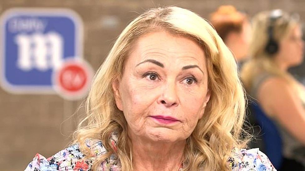 """test Twitter Media - WATCH: Roseanne Barr launches comeback tour, rips Hollywood's """"triple standard"""" for President Trump's supporters https://t.co/zc65pPImzr https://t.co/m3mjCpWOTr"""