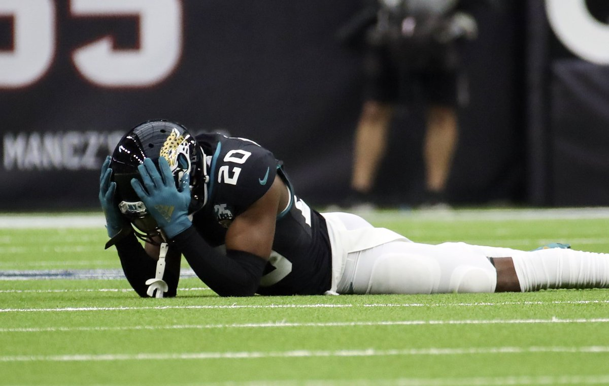 """test Twitter Media - Chiefs Emerging As """"Primary Suitor"""" For Jalen Ramsey  As a Broncos fan I hate this, but I think we can all agree as long as the Patriots don't get him, we good-Mike 🏈 #ChiefsKingdom #DUUUVAL #JacksonvilleJaguars #KansasCityChiefs #Jaguars #Chiefs #NFL  https://t.co/2GxriKAVj1 https://t.co/PuOJnrbo5U"""