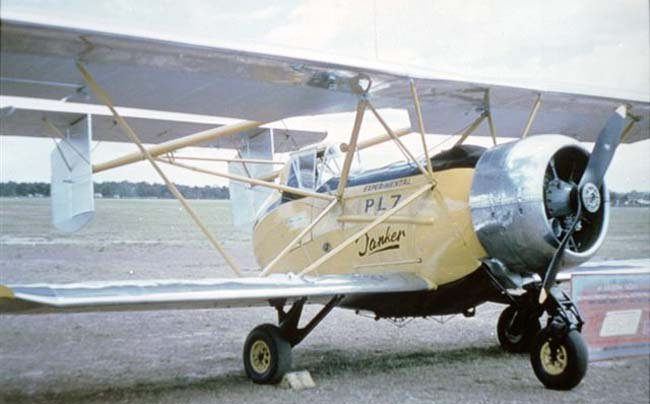 21 September 1956. First flight of the Kingsford Smith PL.7. Australian unequal span biplane with a tail unit supported by twin booms from the upper wings and a fixed tricycle landing gear. Agricultural aircraft. https://t.co/pyes91lZ9A