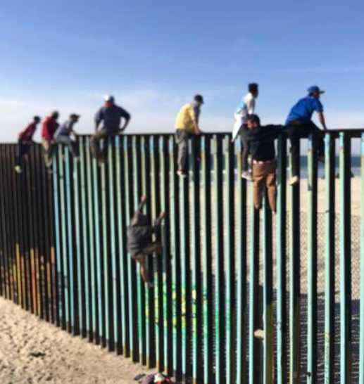 Mexicans have turned tRump's wall into a tourist attraction, playing a game to see who can climb it the fastest-no ladders/ropes needed. Current record: *45 seconds* (gold medal champs fr USA Climbing Team said they never tested the wall) He robbed the military to build a fence https://t.co/3YNDk4nrpw