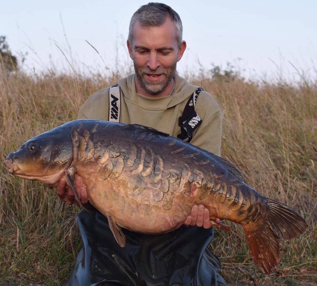 Big fully at 38 lb from a low stock southern pit. #carpfishing #vasswaders https://t.co/DGBnqRMTqf