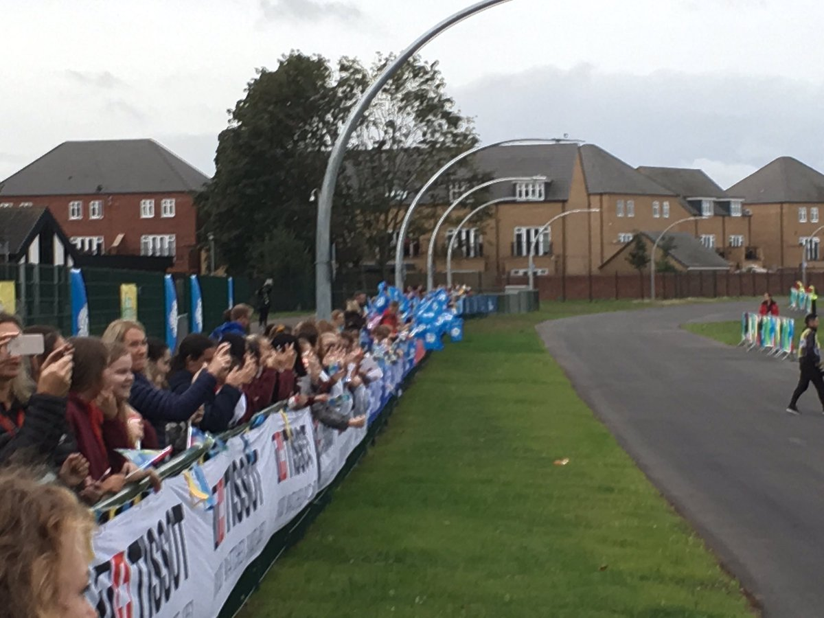 test Twitter Media - RT @JonnyBrownYorks: Hundreds of school children waving off the junior women's road race from Doncaster @itvcalendar https://t.co/YYDErK3gJ5
