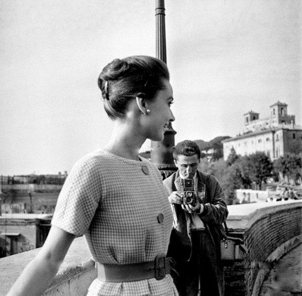Audrey Hepburn photographed by Elio Sorci at Trinita dei Monti in Rome,  1959 https://t.co/qXRzizbHmb