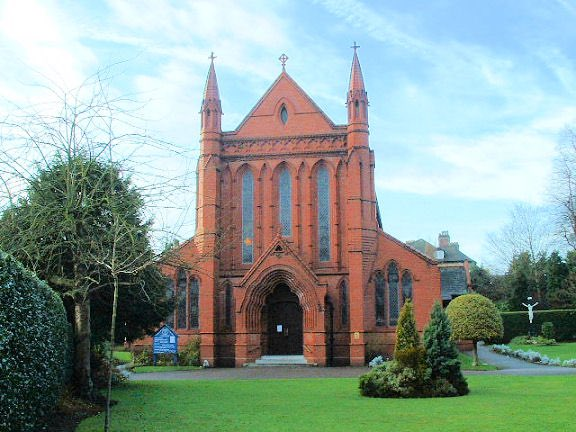 test Twitter Media - Today, the feast of St Vincent de Paul, brings back fond memories of my home parish in Altrincham, dedicated to him. It was here I was baptised, made my 1st HC and in 1984 was ordained. Here's a picture of it. https://t.co/gxX407ziJC