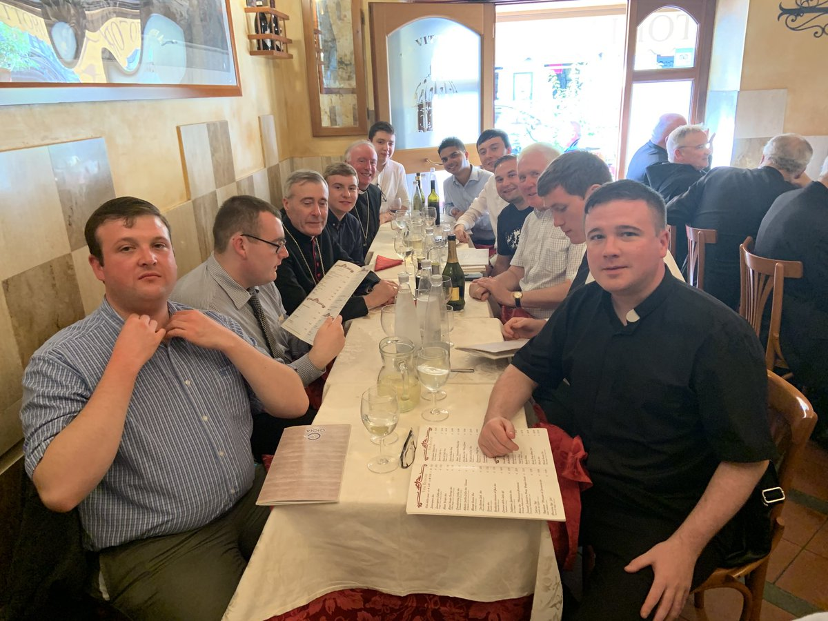 test Twitter Media - Yet another celebratory meal! This time with Bishop Mark Davies and students from the Mater Sacerdotum House of Discernment in Shrewsbury (inc our three Portsmouth men). Yes, that's Fr Edmund Montgomery on the front row - and Cardinal Marx on the other table next to the window! https://t.co/cXE6Q7lUau
