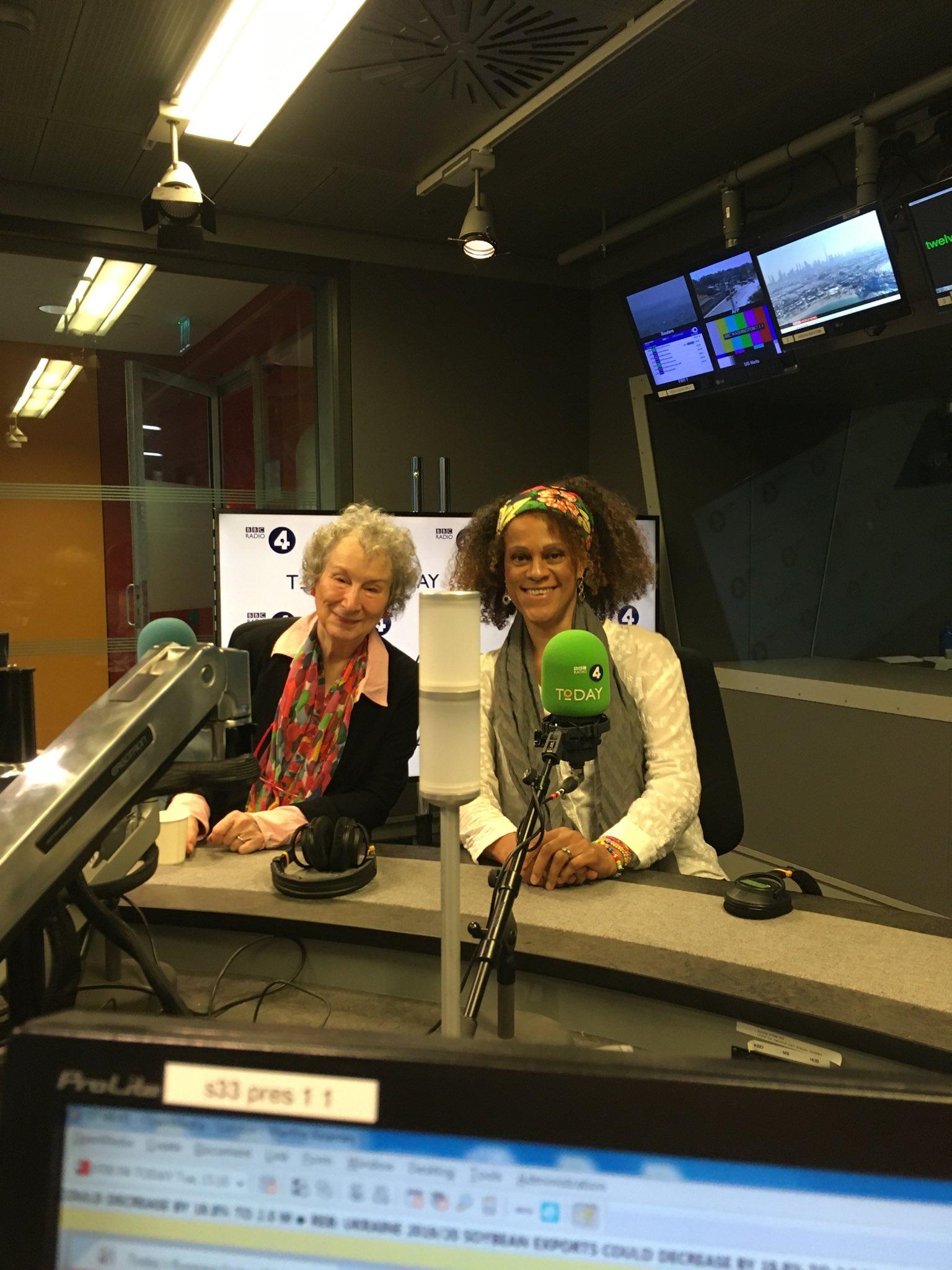 Wonderful to celebrate with the TWO winners of @TheBookerPrizes - @MargaretAtwood and @BernardineEvari @BBCr4today https://t.co/fPy6cFqIjU