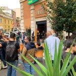 Il Nuovo Cinema Palazzo è riaperto. #Roma non si chiude. La #Fiom c'è! https://t.co/488QPDuCGr