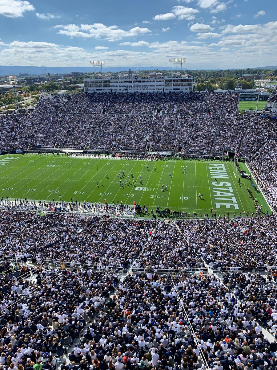 It's a beautiful day in Happy Valley for @PennStateFball. Great to be back at my alma mater for homecoming. #WeAre