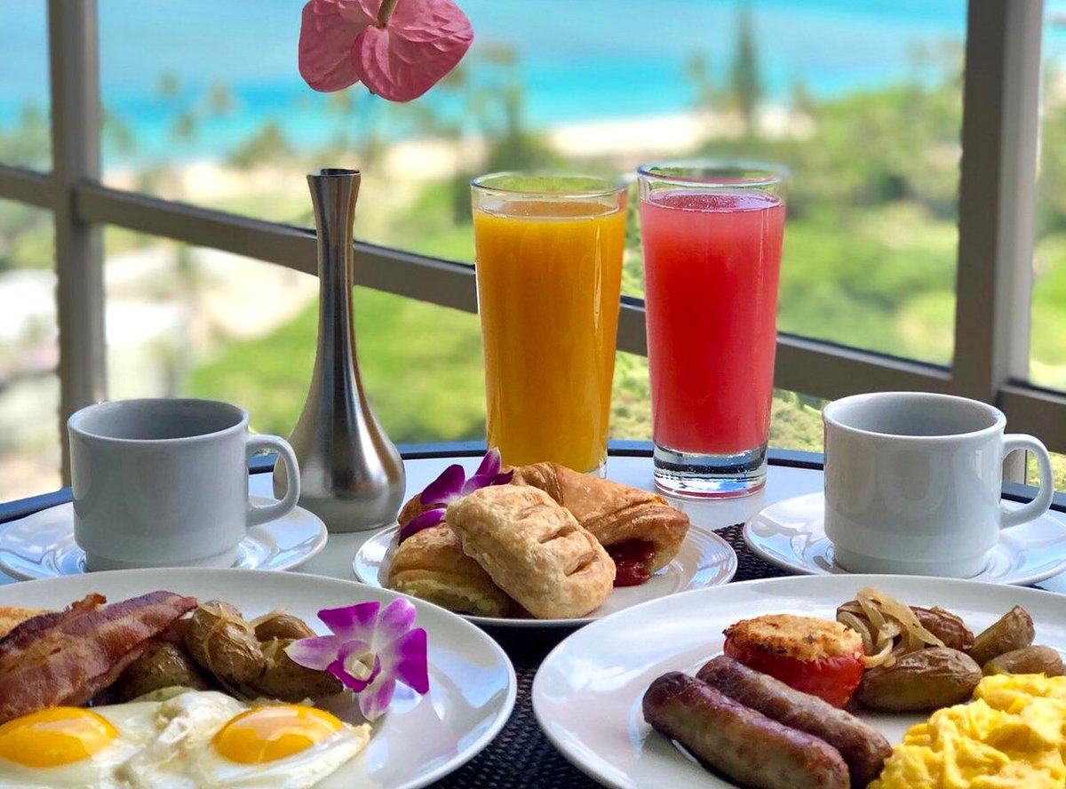 Rise and Dine 🥓 @TrumpWaikiki #BreakfastWithAView
