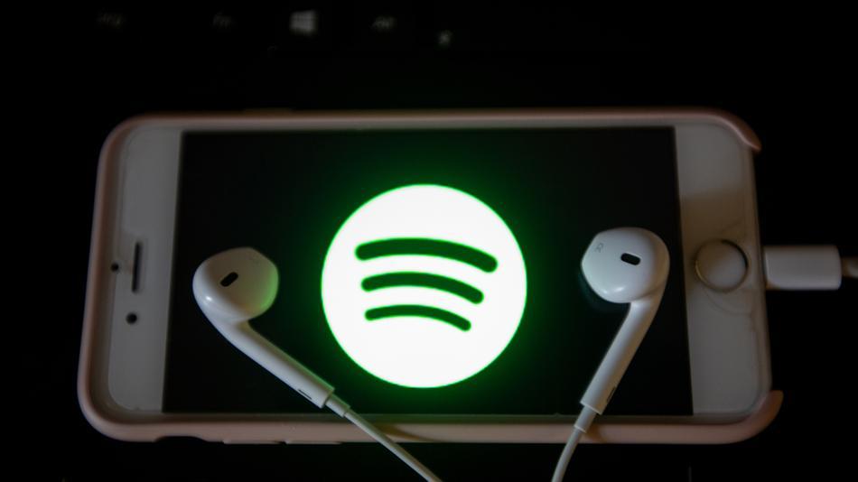 Finally, Siri works with Spotify