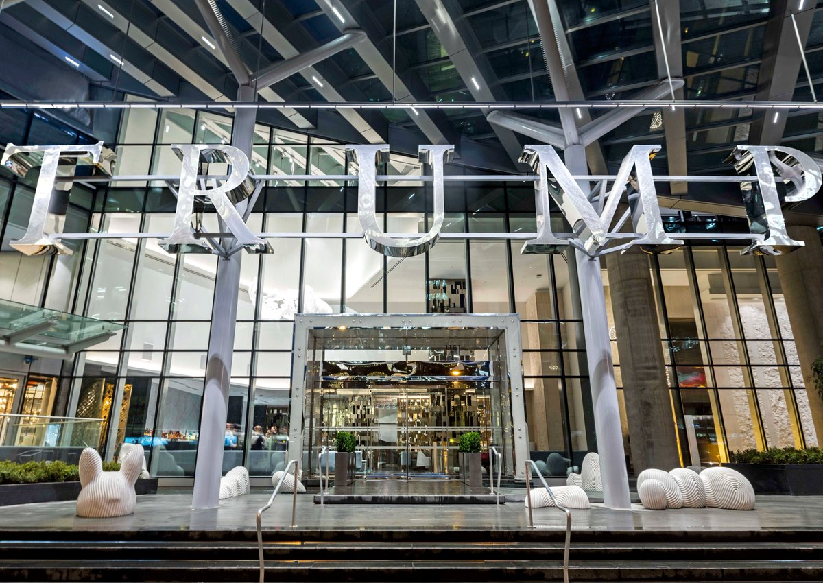 We know how to make an entrance. @TrumpHotels 🛎️ @TrumpVancouver