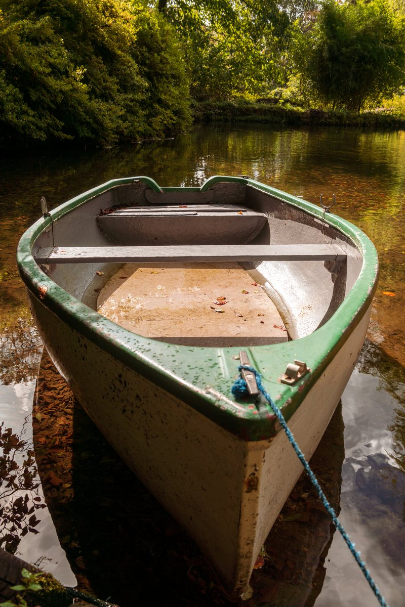 test Twitter Media - A little rowing boat moored on a lake in Lukesland Gardens, near Ivybridge. Autumn sunshine filtering through the tree canopy makes the thought of a quick paddle very tempting. #Ivybridge #Autumn #Rowing #Boat #Lake #Devon https://t.co/lU9pD3OOLd