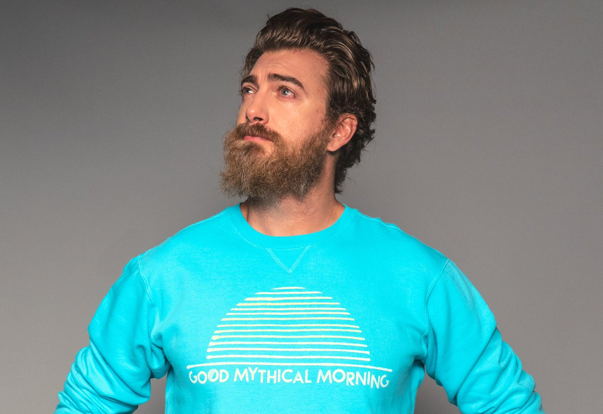 test Twitter Media - The #GMM Sunrise Sweatshirt is back and on sale thru 10/12. If you missed it before, DO NOT SLEEP ON IT! Or, buy it then literally sleep on it. It's super soft! Get yours now: https://t.co/3rufuAba5b https://t.co/m33e5c7ag8