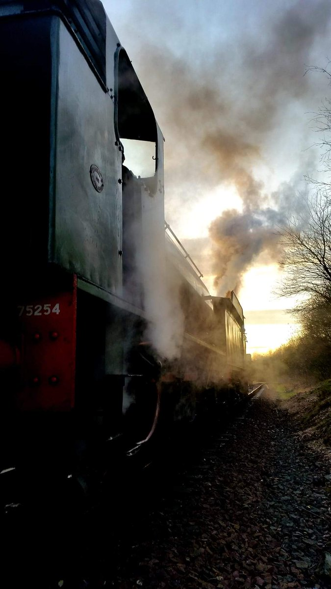 test Twitter Media - #ThrowbackThursday to our 2014 #AutumnSteamGala @bonessrailway as the D49 and J94 No. WD 75254 catch the last of the #Autumn sun waiting for the tip at Kinneil. Who's coming to this year's Gala? Full details 👉  https://t.co/w6SXhu94J9 #TBT #teamsteam ^JS https://t.co/wOFV5QRuc9