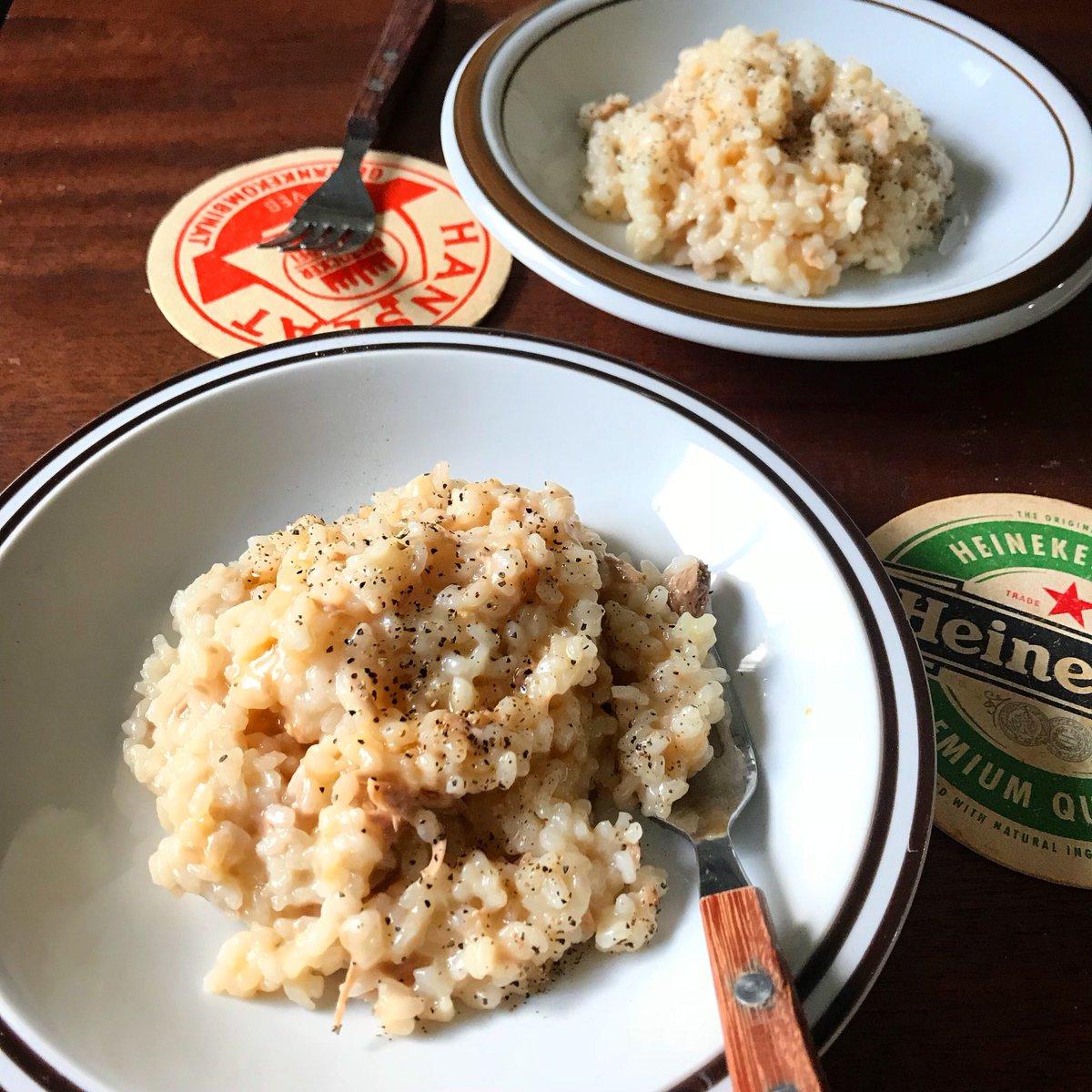 包丁、電気不要‼️  生米を洗わず調理できます  【ツナの鶏ガラ醤油リゾット】  もうこれ、めちゃくちゃ簡単やのに驚くほど美味しい  鶏ガラに麺つゆとイタリアンでもなんでもないですが、これまで載せたリゾットで1位2位を争う味かも(チーズは入れなくてもOK。雑炊としてどうぞ)  良かったら↓