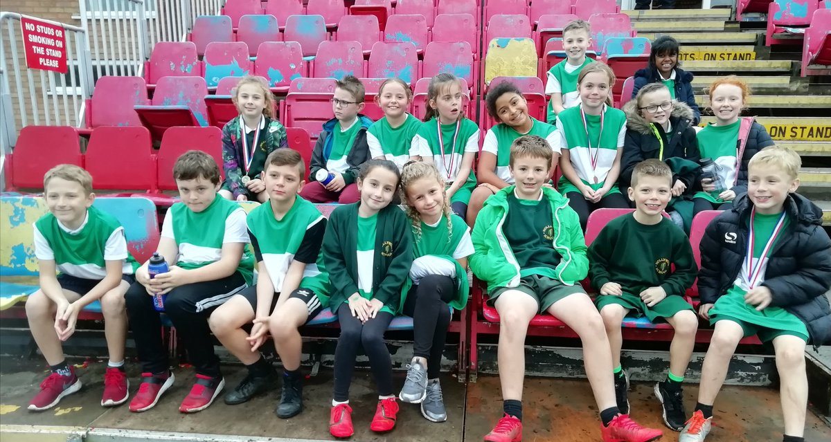 test Twitter Media - They survived the rain and ran 1400m last Monday, coming home with 4 medals. The KS2 cross-coutry group proved that 6 laps of they Hollywood mile every is the key to success. Same again this Monday. https://t.co/P1YiDpQ2Ox