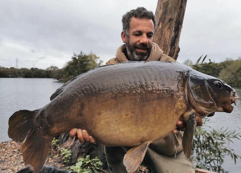 Well done Stephen 💪🏻🎣 #TheCARPbible  #Carp #CarpFishing #Fishing https://t.co/ltbscdquLi