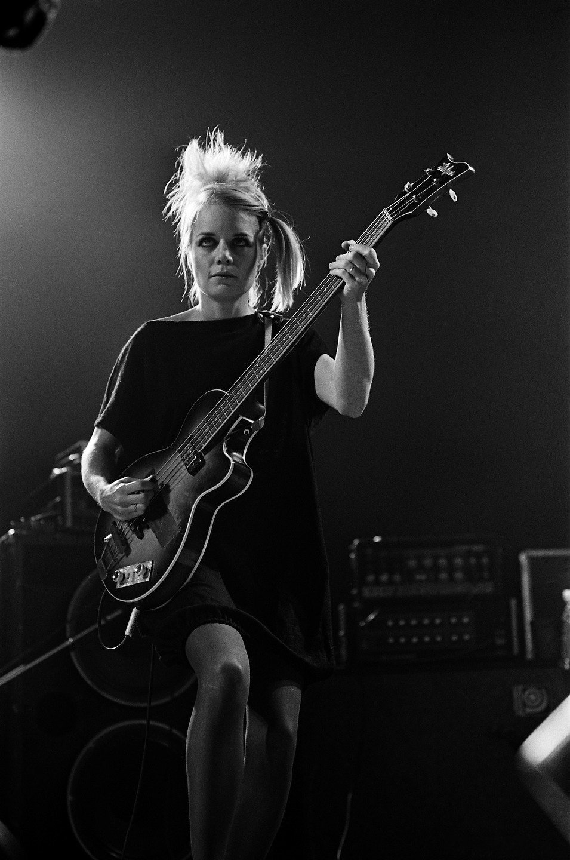 Talking Heads bassist Tina Weymouth, Orpheum Theatre, Boston, November 14, 1980 https://t.co/uVa2PgZmLG