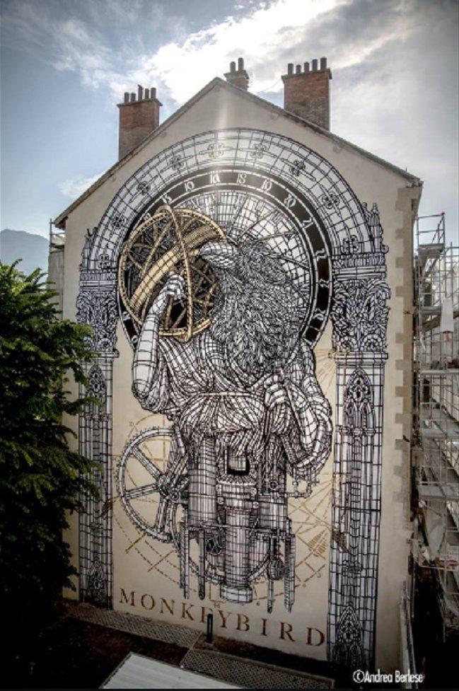 Artista: MonkeyBird durante Grenoble Street Art Fest   en Francia. https://t.co/dEj9bhPPsj