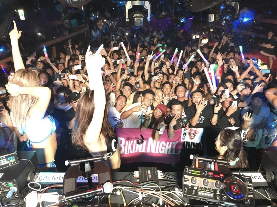 test ツイッターメディア - 明日土曜日は3週間ぶりのDJ復活‼️ HouseCream @ 渋谷 Camelot!✨ そして TeamK とハルカ!⚡️ ハロウィン🎃SPなので、メンバーが可愛いコスプレを期待して下さい!☺️👏 出番は2:00-3:00!🔥 皆さん、是非渋谷 @club_camelot Camelot で大集合をよろしくお願いします!✨ #cyberjapan #サイバージャパン https://t.co/ebCMHTAe5q