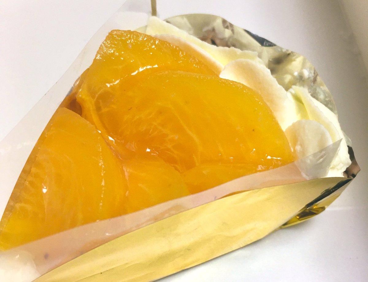 test ツイッターメディア - 柿とクリームチーズはほんと合う🤤 銀座ウエストさんのシュークリームプロジェクトにふたたび参加してきました 今は令和元年台風19号の義援金になるようです https://t.co/w1eZmGaB34