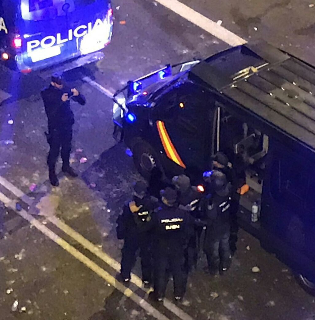 Spanish policemen celebrating a good job after beating thousands of Catalonians today, there are dizens if injured three of them have lost their eyes in a carnage #SpainIsAFascistState https://t.co/1O8yWbr99Q